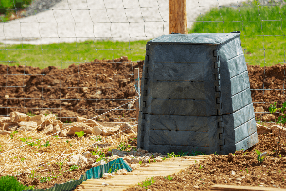 Starting a Compost Tumbler Tips and Procedures
